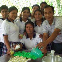 Angel ALVARADO et ses élèves